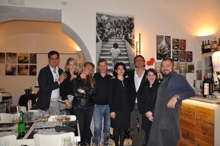 La serata irpina con i vini Fonzone e lo zafferano di Lacedonia a Cap'alice, foto di gruppo