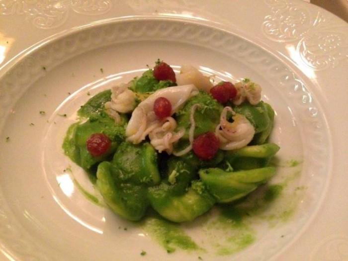 Orecchiette con broccoli, calamaretti spillo e borzillo