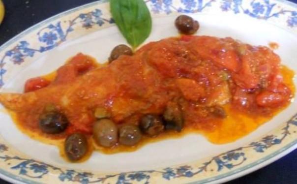 Paisà, palamito con pomodorini, capperi e olive