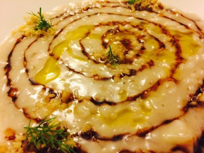Porta del Vaglio, riso di Sibari mantecato all'olio d'oliva con pecorino, melassa di fichi e noci tostate