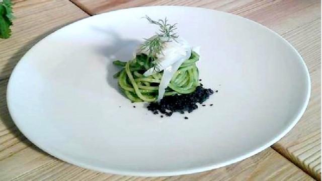 Spaghetti con broccoli e seppia