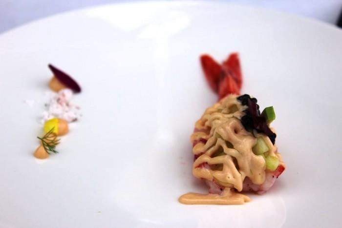 Torre del Saracino, Gambero con salsa del corallo, caviale ed insalatina di avocado e zenzero