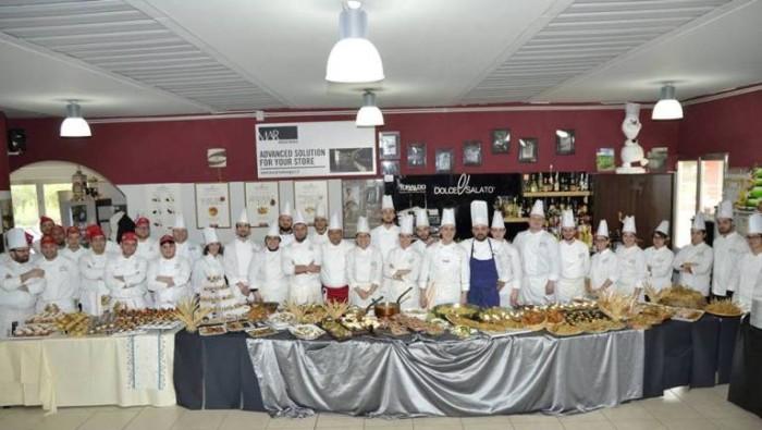 alcuni allievi della Scuola di Cucina Professionale Dolce&Salato di Maddaloni