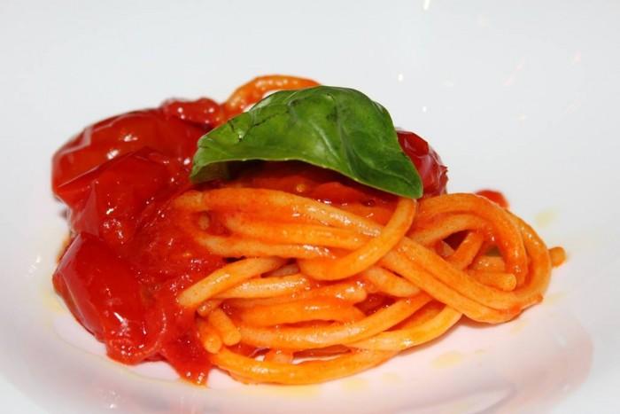 J.K. Palace Capri, spaghetti al pomodoro