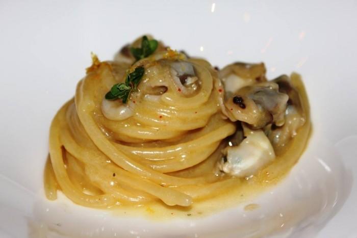J.K. Palace Capri, spaghetti, tartufi di mare, bergamotto di Calabria, Parmigiano Reggiano
