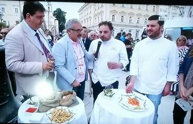 Con il presidente della Camera di Commercio di Benevento Antonio Campese e Angelo D'Amico durante la diretta Rai (Foto Conny Di Martino)