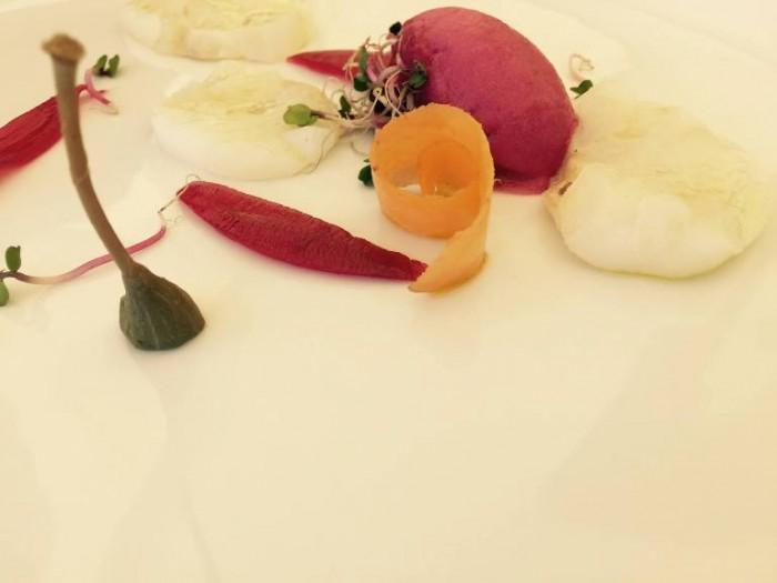 Novezerodue, baccalà con cipolla rossa