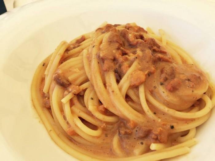 Novezerodue, spaghetto ai ricci di mare
