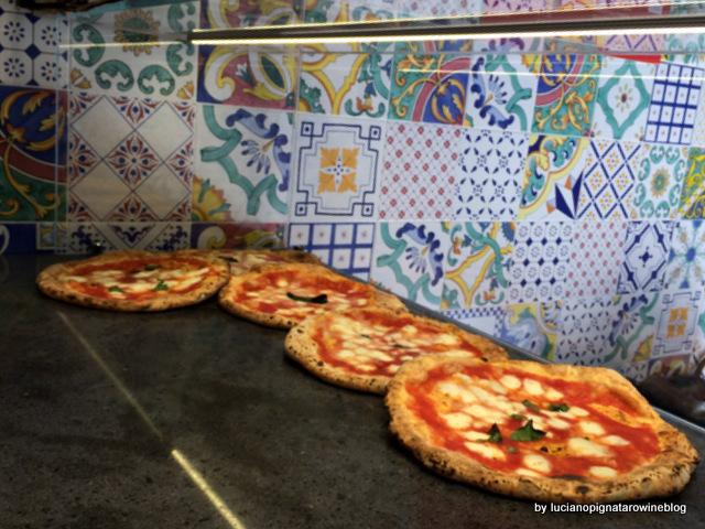 Pizza a portafoglio da Gennaro Salvo le margherite