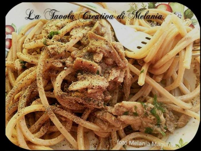 Spaghetti integrali con alici e funghi