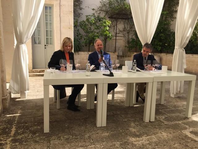 Verticale Bocca di Lupo:Daniela Scrobogna, Piero Antinori e Renzo Cotarella