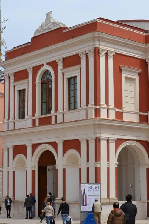 il Teatro comunale di Corato