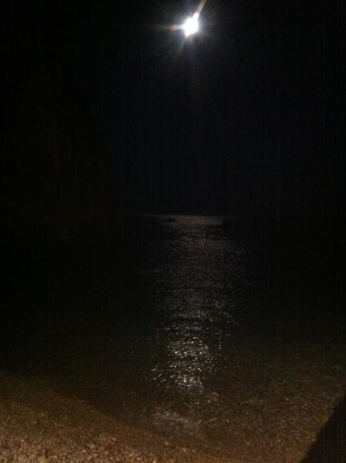 la luna e la spiaggia