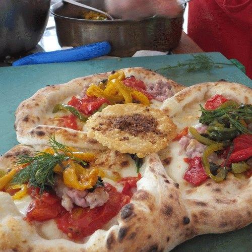 3D  mozzarella, San Marzano, Papacella salsiccia, finocchietto e cialda di parmigiano reggiano con-pistacchi di Bronte