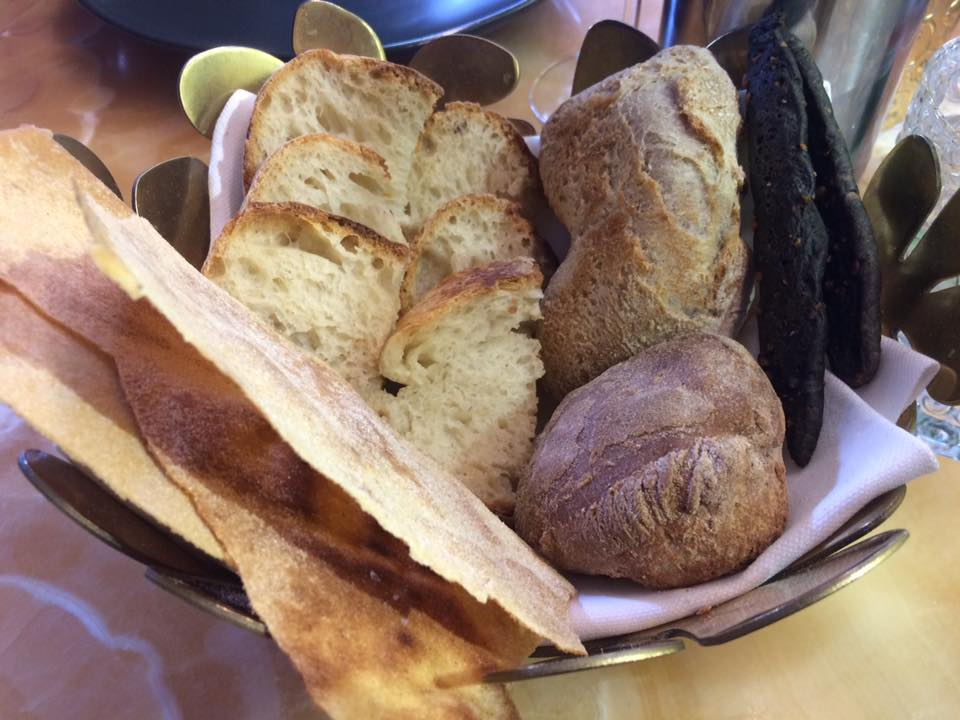 Crudo Re, il pane