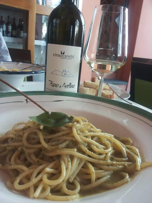 Fiano di Avellino 2012 di Ciro Picariello con spaghetti al pesto cetarese