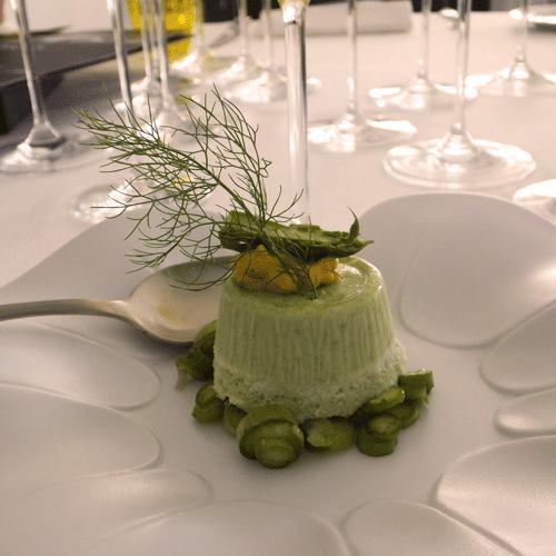 Francesca Sgandurra, Bavarese agli asparagi di Santena con finocchietto selvatico e nocciole
