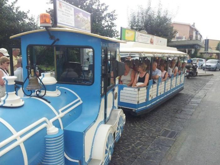 Il trenino di Mimmo, giro organizzato per le bellezza enogastronomiche della zona