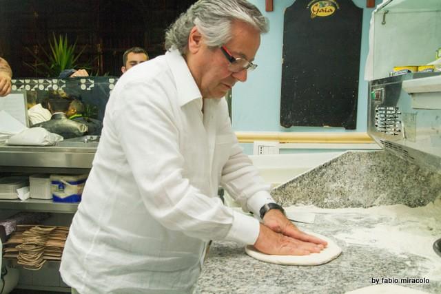 Maria Cacialli Pizzeria La figlia del Presidente il nuovo look.Antonio starita che ammacca da Maria