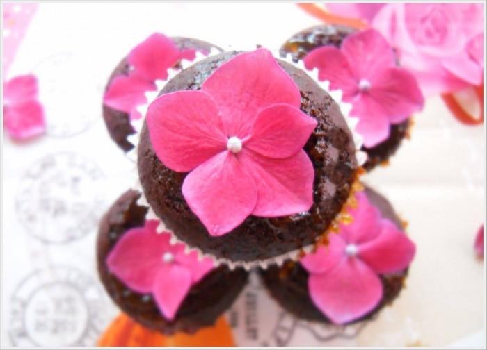 Muffin al cacao senza latte e senza uova
