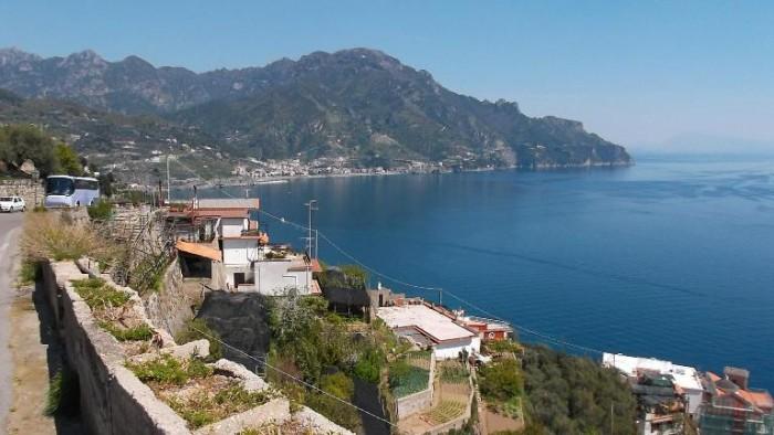 Panorama della Costiera Amalfitana visto dall'azienda Ettore Sammarco