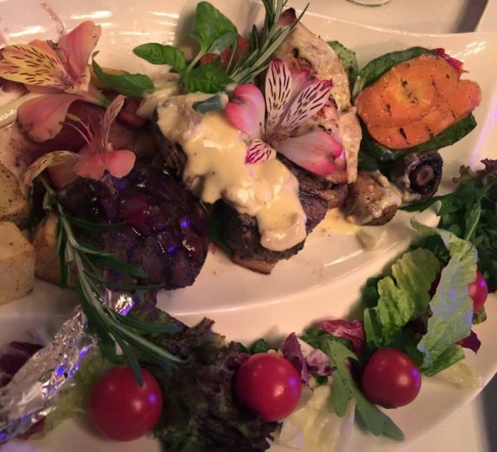 Tashkent, Basilic Mediterranean Restaurant & Lounge, pecora, vitello e pollo