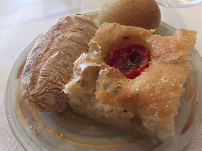 Taverna Estia, il pane