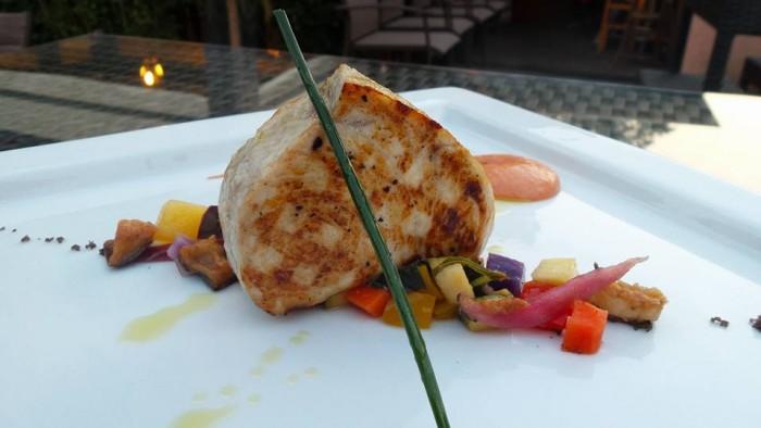Tonno con caponatina di verdure del nostro Vesuviorto