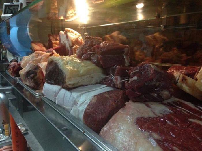 Cantina La Barbera, la carne come in macelleria