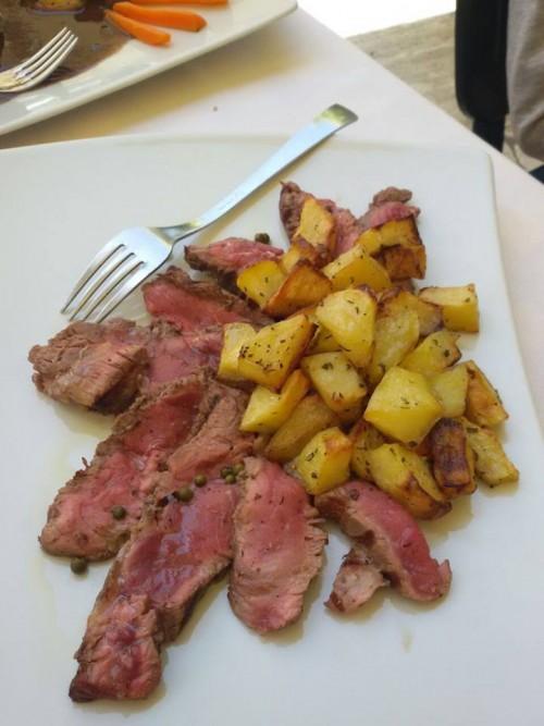 tagliata di manzo e patate arrosto