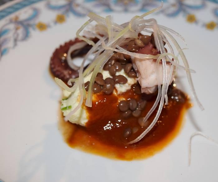 Baccalà mantecato, ristretto di polpo e lenticchie di Ventotene di Gianluca D'Agostino