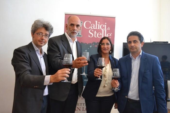 Brindisi durante la presentazione di Calici di Stelle 2015 in Puglia