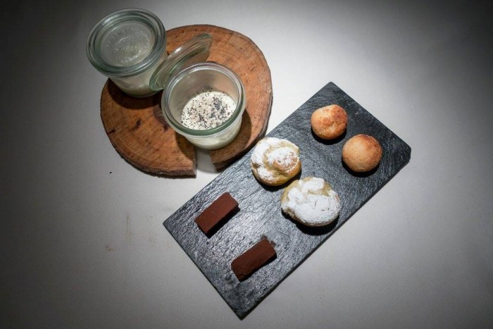 Essenza, petit fours