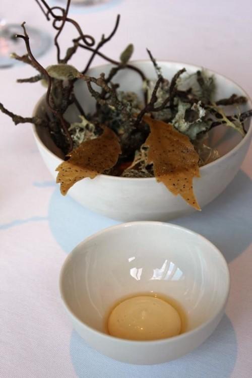 Geranium, Jerusalem artichoke leaf, rye vinegar e walnut