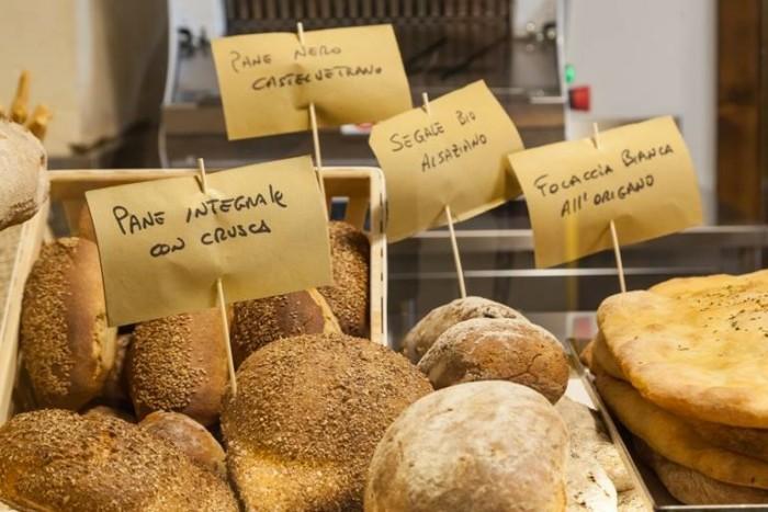 I Banchi, il pane - foto di Marcello Bocchieri