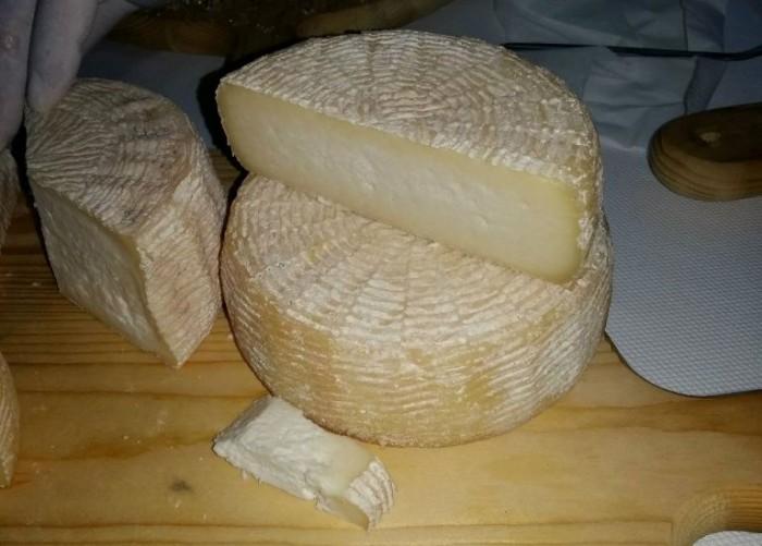 Il Casolare, formaggio semi stagionato di bufala