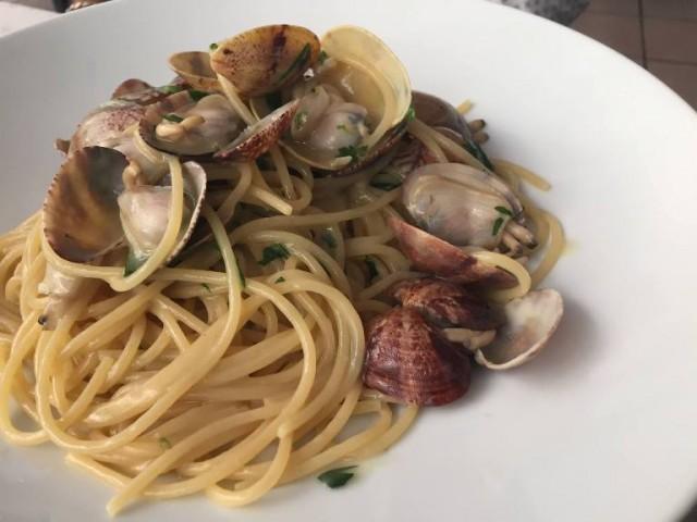 Al Giardiniello, spaghetti alle vongole