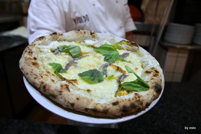 Il Limoneto a Forio d'Ischia Gianfranco Iervolino Pizza impasto con alghe
