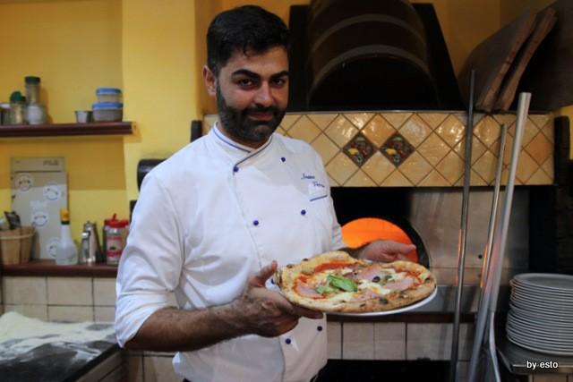 Il Limoneto a Forio d'Ischia Ivano Veccia Pizza Margherita con prosciutto