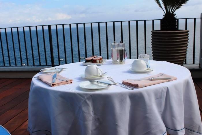 Jk Place Capri, il tavolo