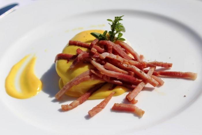 Jk Place Capri, uovo alla benedict