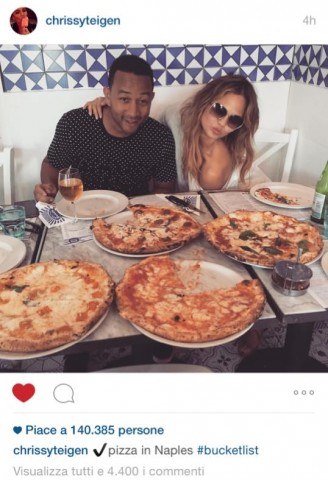 John Legend da Sorbillo: 140mila like in poche ore