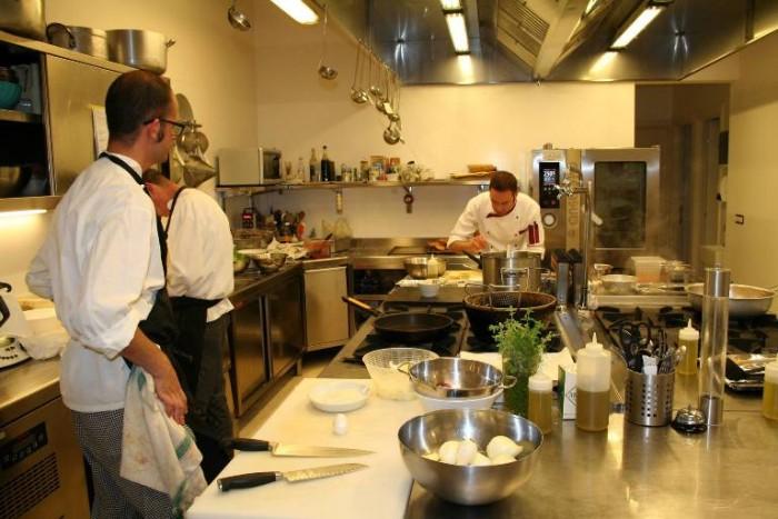 Ristorante Mammaròssa, Ristorante Mammaròssa, la cucina e lo staff