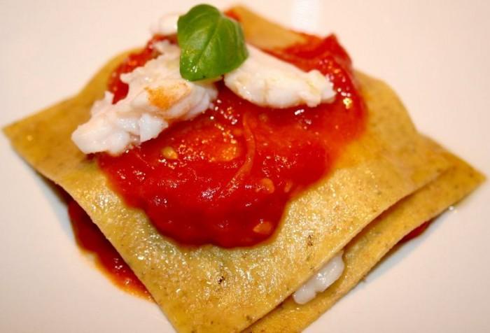 Ristorante Mammaròssa, lasagnetta integrale con scorfano al vapore e pomodoro
