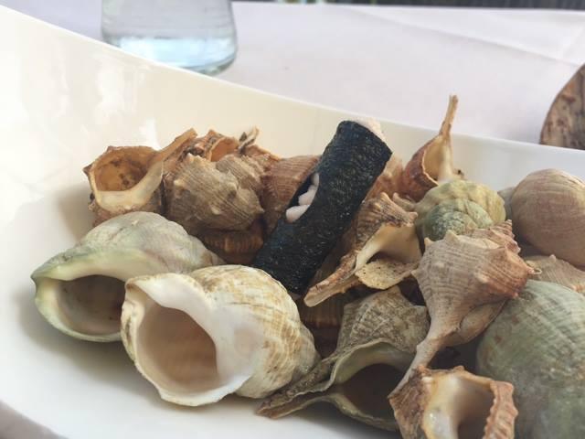 Lido 84, cannolo di alga nori, ricotta, pancetta e mortadella