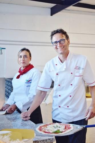Paola Cappuccio di Pizza Verace di Portici e Ciro Coccia de La Dea Bendata di Pozzuoli