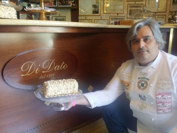 Pasticceria Di Dato, Gerardo e il tronchetto gelato