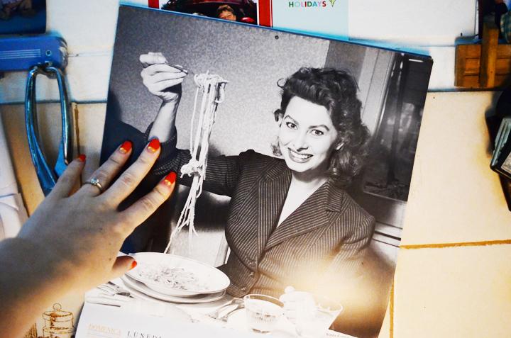 Sophia Loren (www.esmeandthelaneway.com)