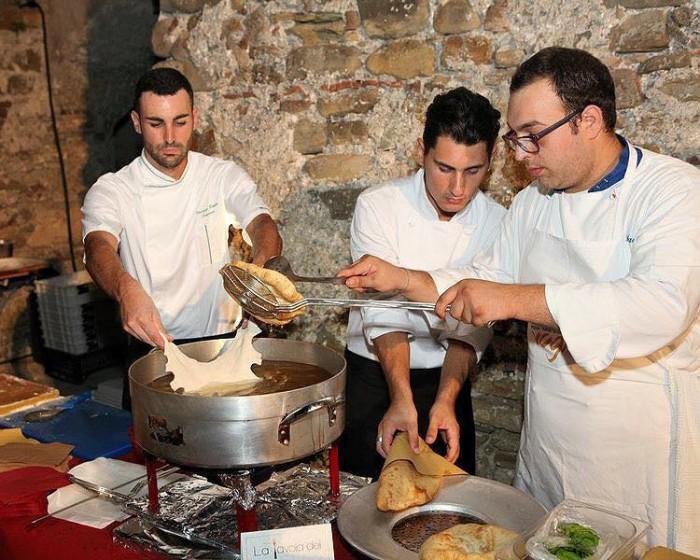 Vincenzo Paolo Capasso (il primo da sinistra)