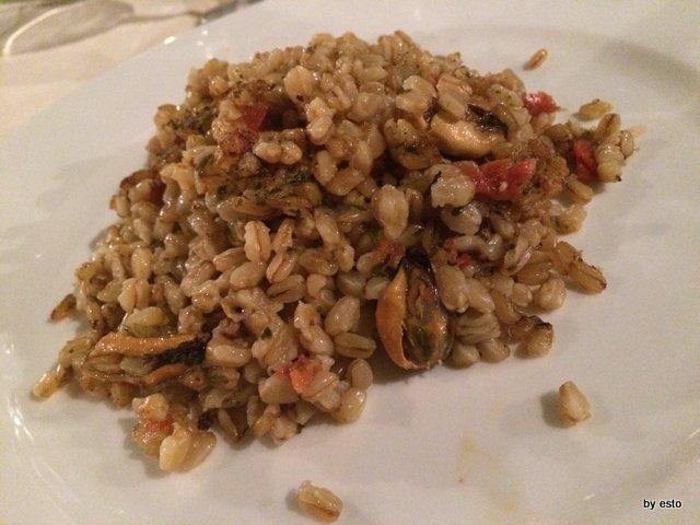 Alogne. la tajieddha di granu stumpatu e cozze